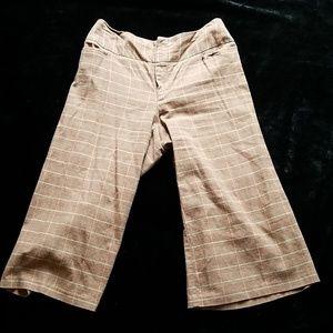 Cato brown plaid wide leg crop pants size 8